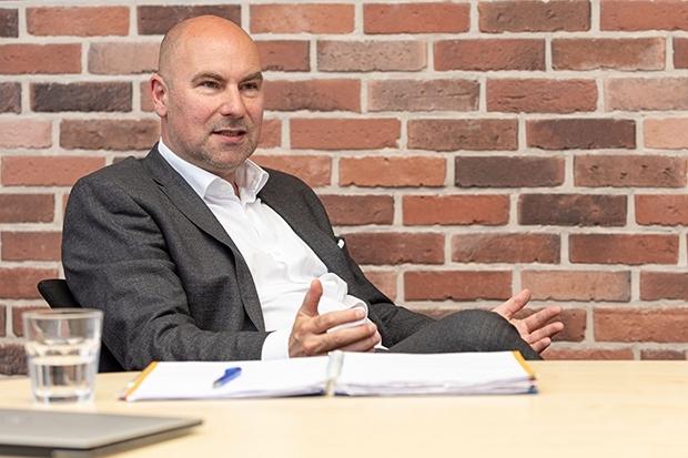 Investment Offensive Blau Direkt Baut Auf Fondsnet Unternehmen 18 11 2020 Fonds Professionell